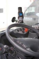 Charteroplossing - Via speciale software voor bijv. een smartphone kunnen charters bij sommige leveranciers goedkoop worden meegenomen in het boordcomputersysteem.