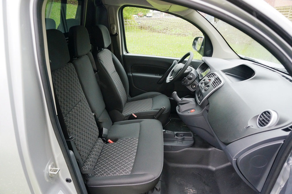 Renault kangoo facelift autoforum for Interieur kangoo