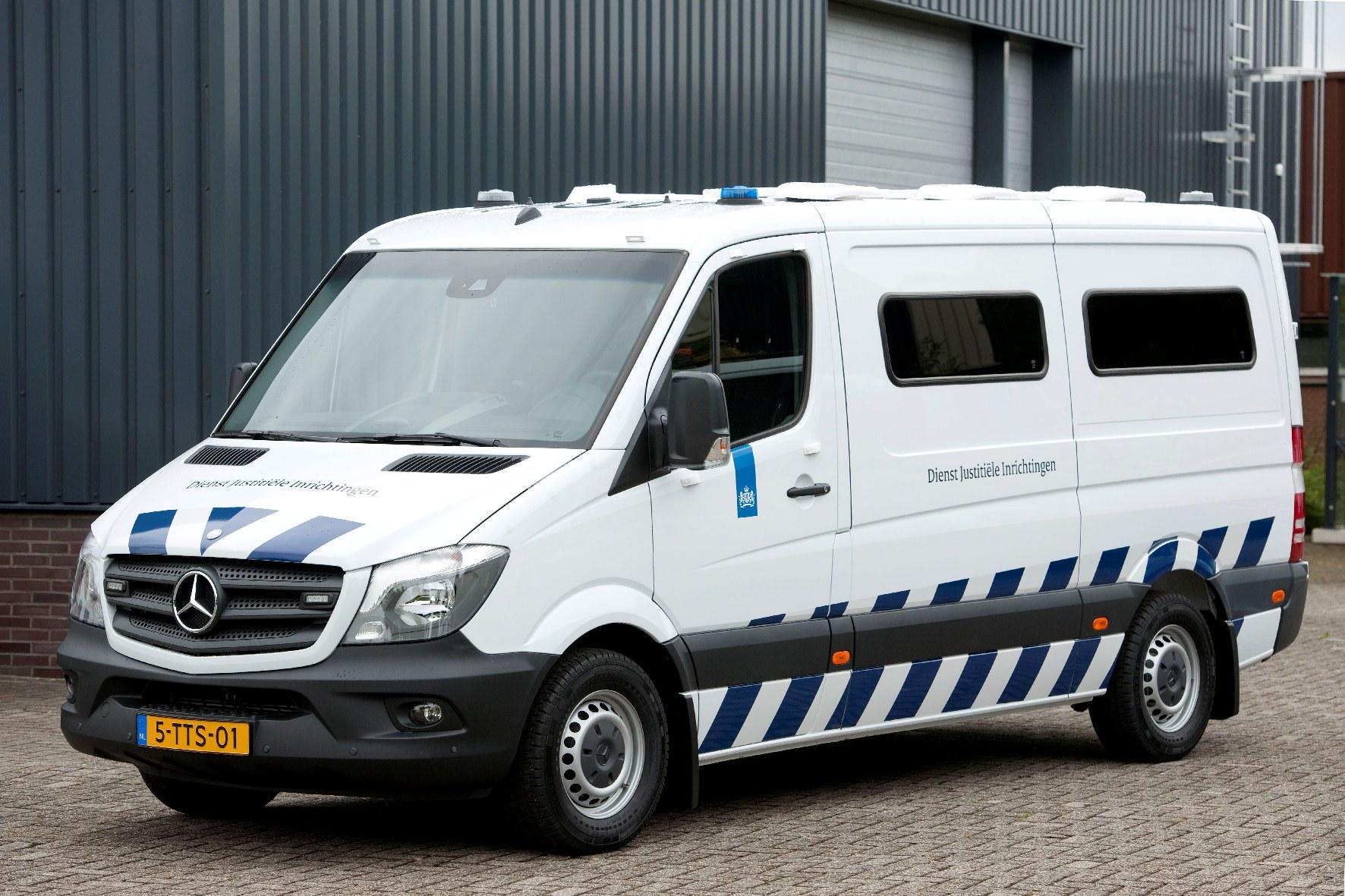 Nieuwe mercedes benz sprinters voor justitie for Mercedes benz of marion