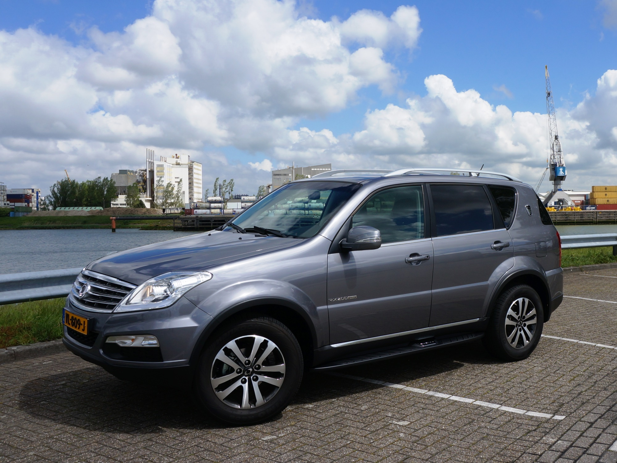 ssangyong rexton w rx200 e xdi 4wd. Black Bedroom Furniture Sets. Home Design Ideas